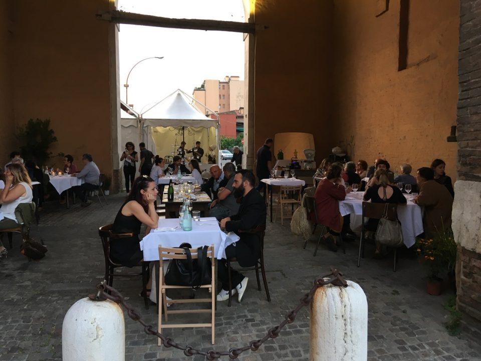 """""""diPortainPorta"""" a Ravenna: si parte il 27 maggio con una cena di beneficenza per """"operazione Pane"""""""
