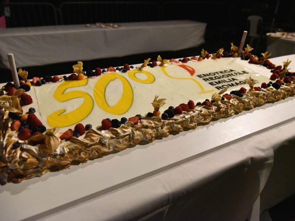 Cinquant'anni di brindisi con Enoteca Regionale